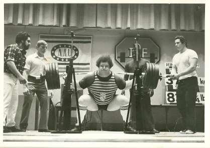 Don Rienhout Below Parallel Squat with no Weightlifting Belt