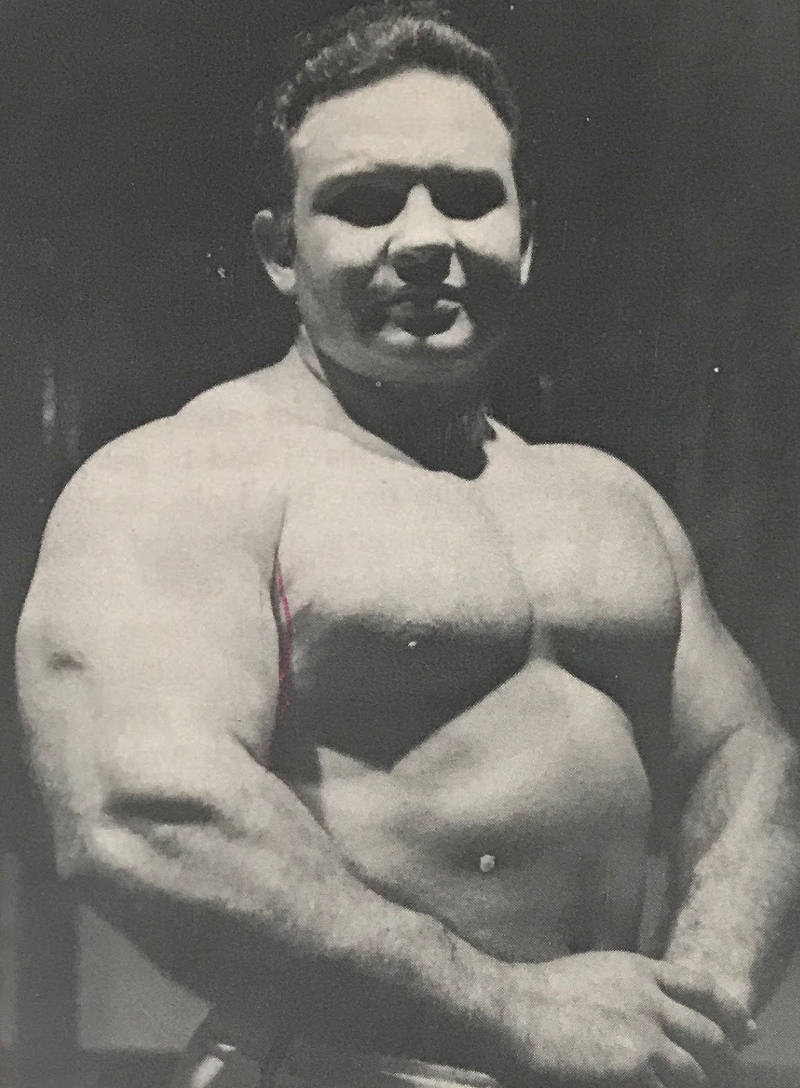 Mel Hennessey powerlifter and weightlifter of barbells and dumbbells