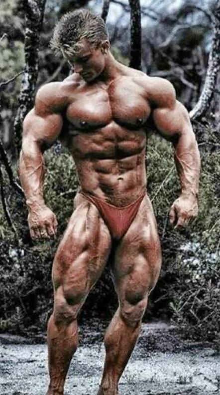 Bodybuilder Lee Priest - Bodybuilding Training article by Marty Gallagher