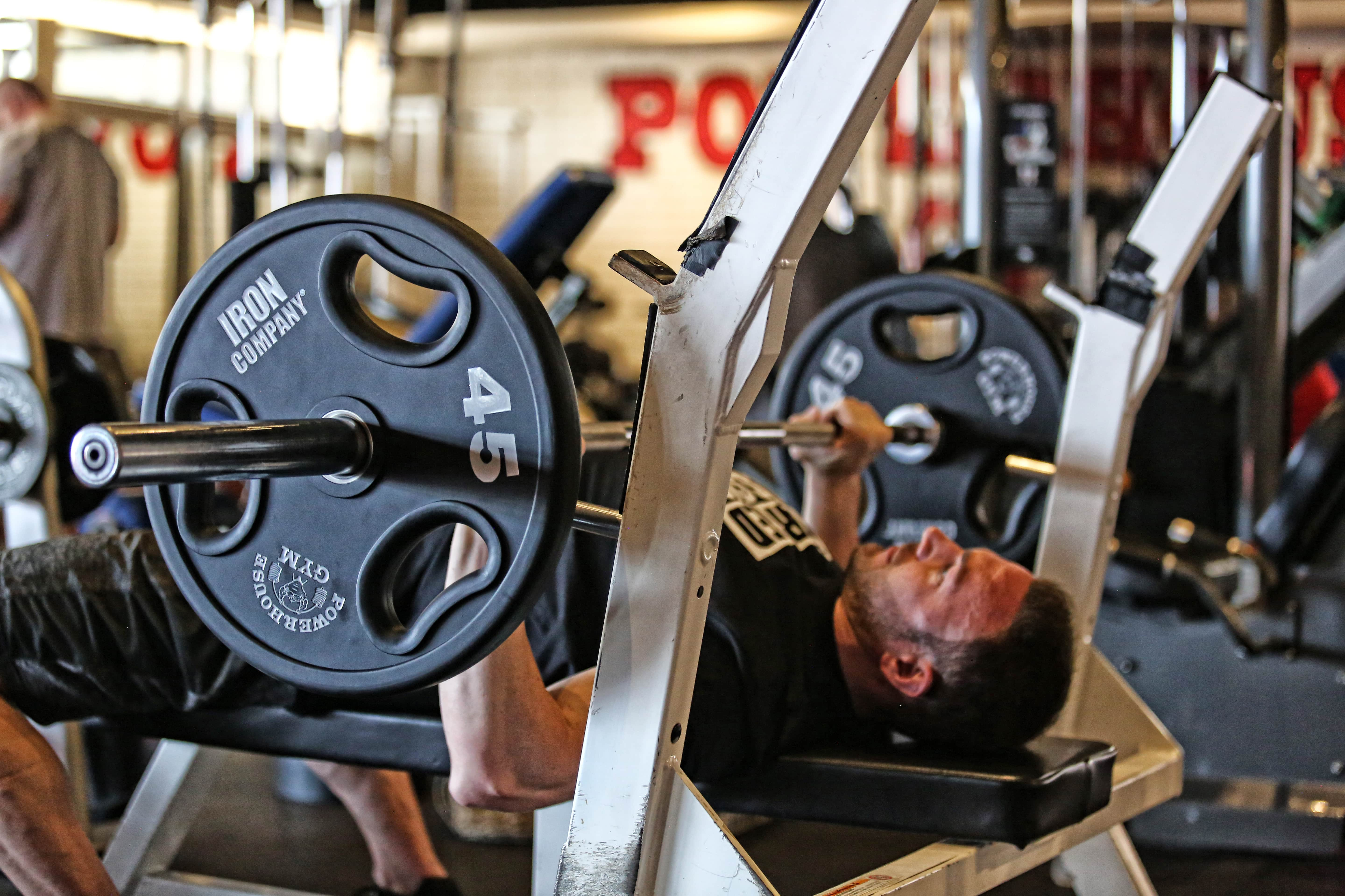 How to start weight lifting article by IRON COMPANY