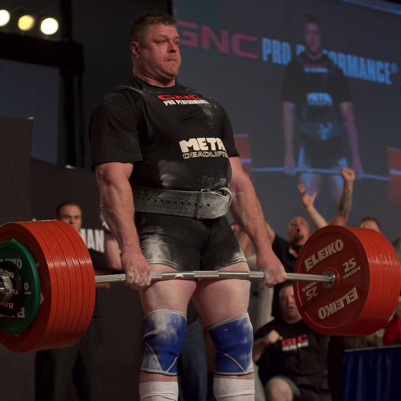 IRON COMPANY athlete and Powerlifting champion Brad Gillingham deadlifting at the Arnold.